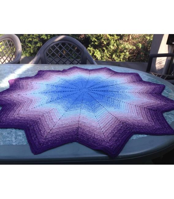 gradient yarn 4ply Mr. Moon - Purple outside 6