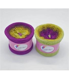 April Bobbel 2021 - 4 ply gradient yarn