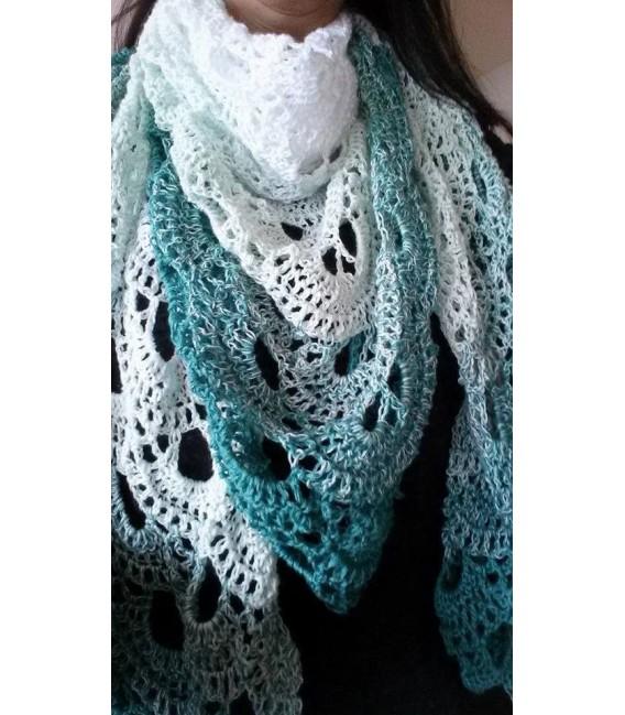 gradient yarn 4ply Memories - White outside 5