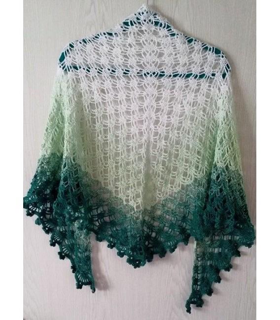 gradient yarn 4ply Memories - White outside 7