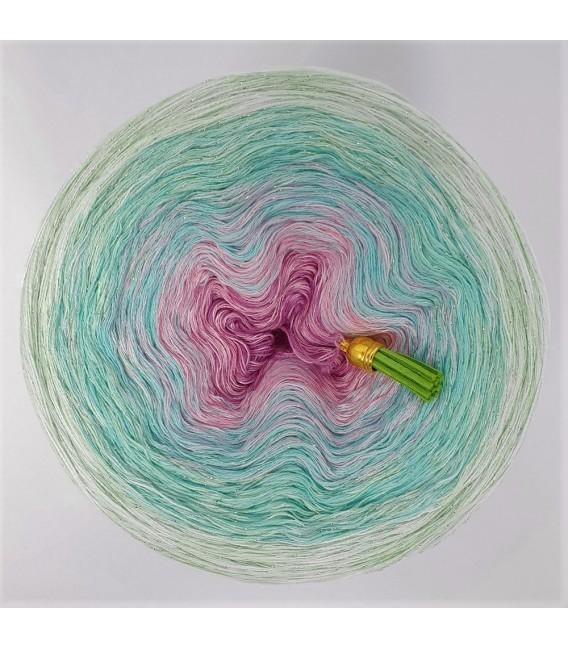 Juli Bobbel 2021 - 4 ply gradient yarn
