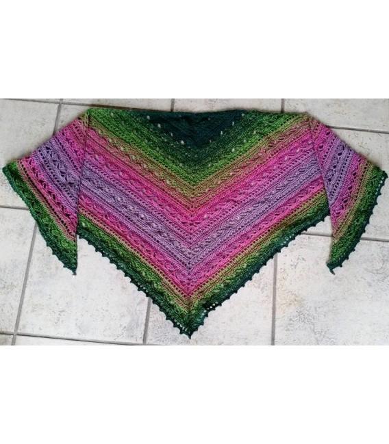 gradient yarn 4ply Blühende Heide - fir green outside 8