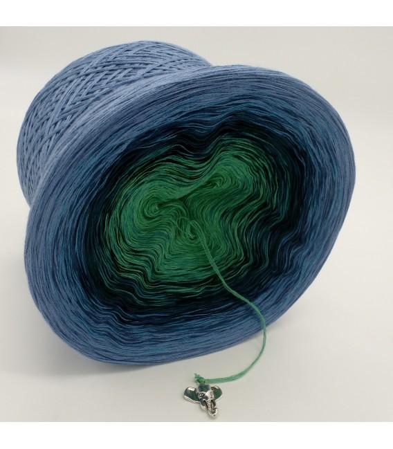 Farbverlaufsgarn 4-fädig Amazonas - Taubenblau aussen 3