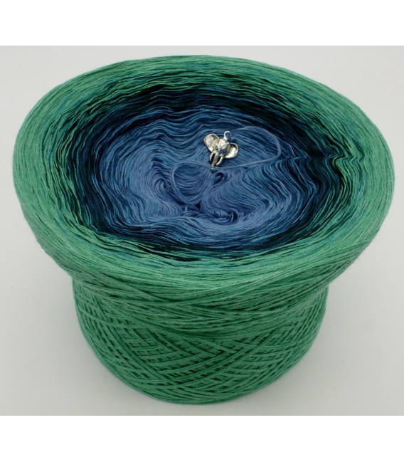 gradient yarn 4ply Amazonas - green mottled outside