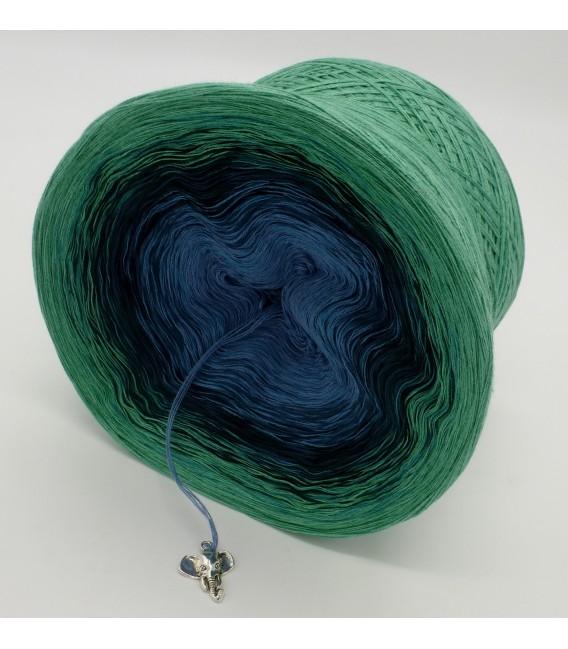 gradient yarn 4ply Amazonas - green mottled outside 4