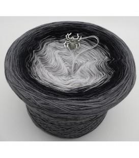 Spider Dream - 4 ply gradient yarn