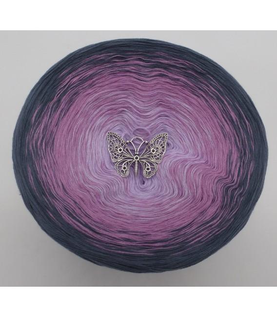 gradient yarn 4ply Deep Love - granite outside 2