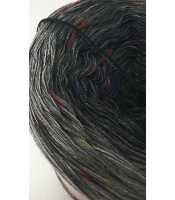 Fantasie - 4 ply gradient yarn