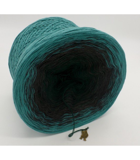 gradient yarn 4ply Tannenduft - Ocean green outside 3