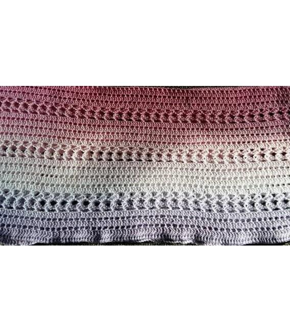 Farbverlaufsgarn 4-fädig Mädchenträume - Lavendel aussen 6