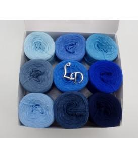 Un paquet Bobbelinchen Lady Dee's Farben des Lebens (Couleurs de vie) (4 fils - 900m) - Teintes bleue - Photo 1