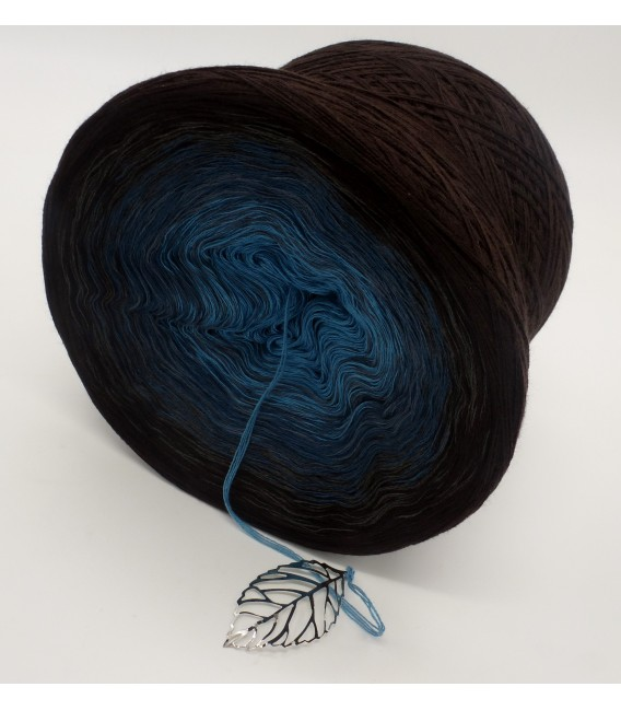 gradient yarn 4ply Blauer Planet - chocolate outside 4