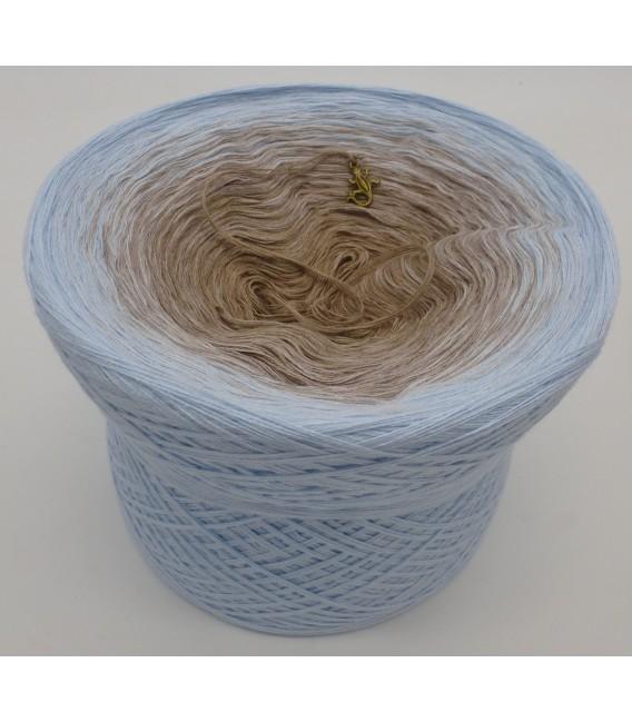 gradient yarn 4ply Morgennebel - Light blue outside