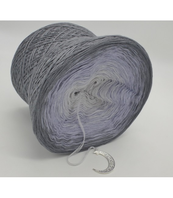 Silbermond (Silver Moon) - 4 ply gradient yarn - image 4