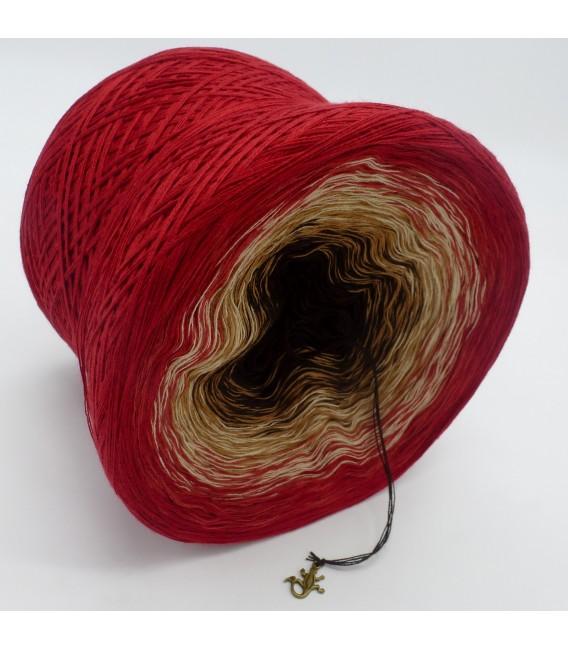 gradient yarn 4ply Drachenblut - Burgundy outside 3