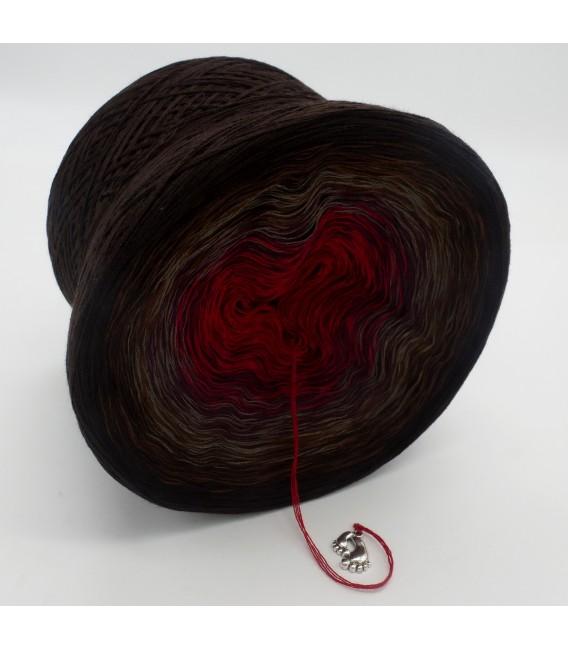 gradient yarn 4ply Flamenco - Chocolate outside 2