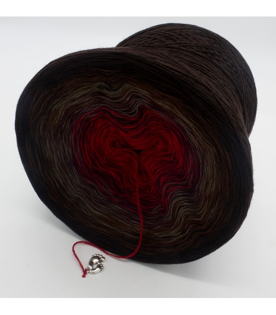 gradient yarn 4ply Flamenco - Chocolate outside 3