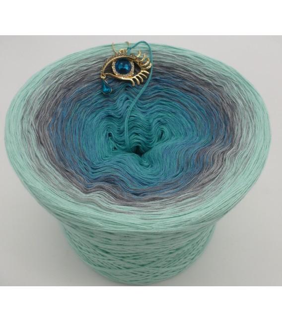 gradient yarn 4ply Ocean of Memories - pistachio outside 5