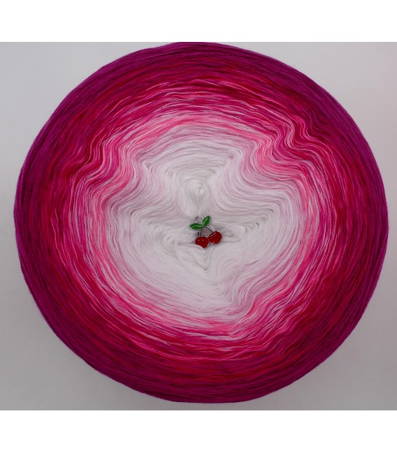 gradient yarn 4ply Heiße Kirschen - Raspberry outside 2