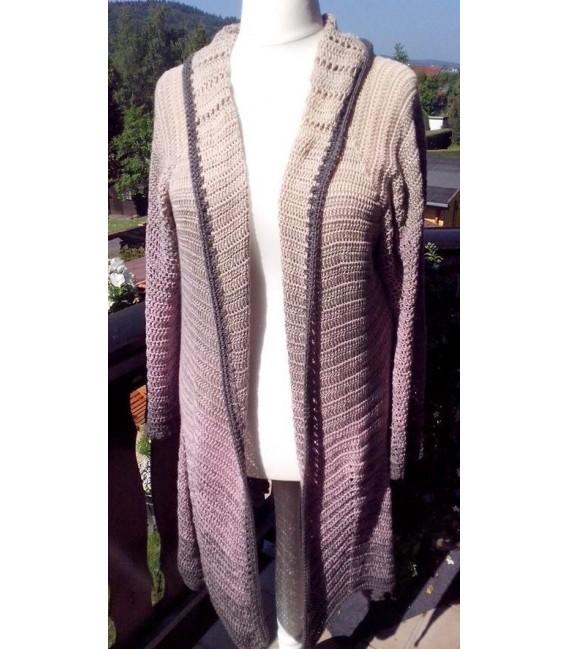 gradient yarn 4ply Rauchquarz - Beige outside 7
