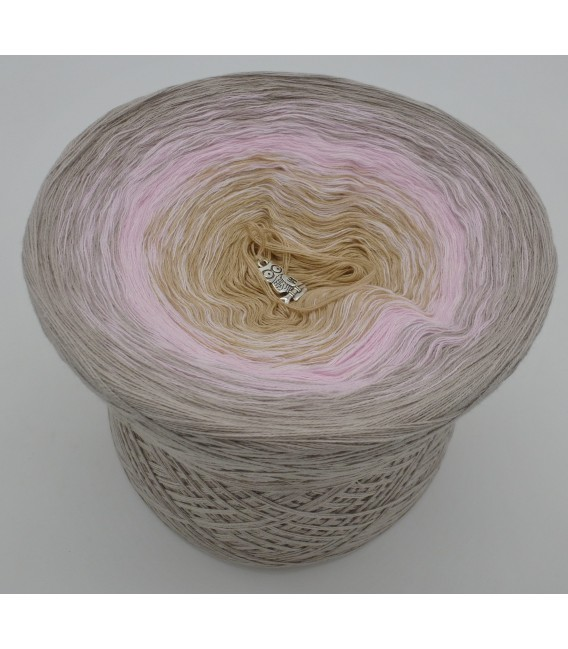 gradient yarn 4-ply Sanfter Blick - concrete outside