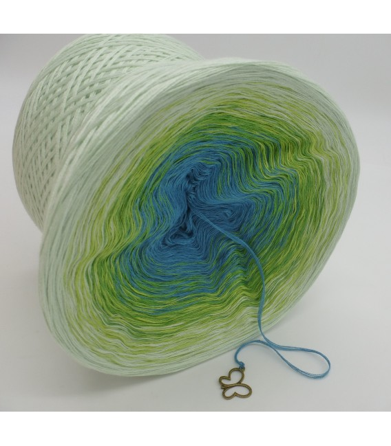 gradient yarn 4-ply Zartes Erwachen - Pea outside 3