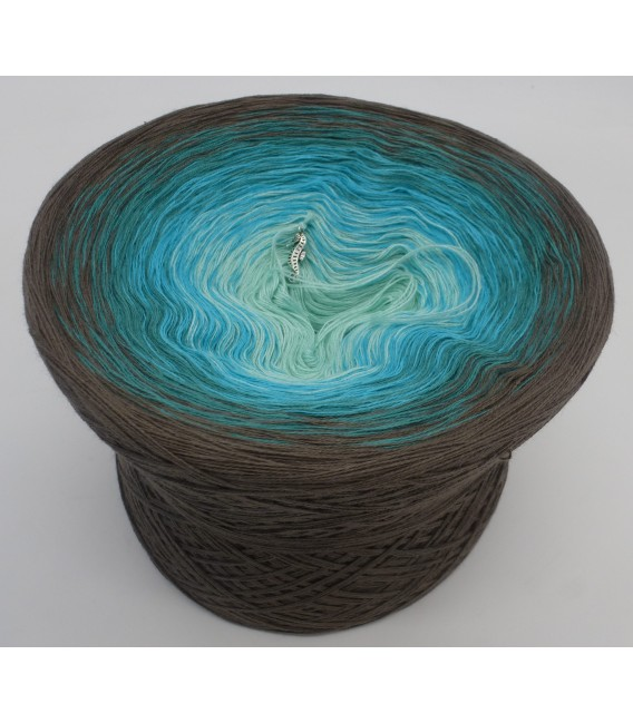 gradient yarn 4-ply Meeresspiegel - taupe outside