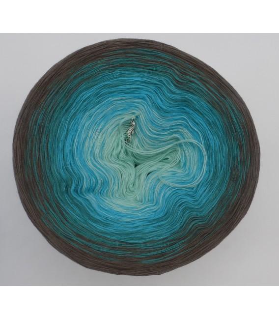 gradient yarn 4-ply Meeresspiegel - taupe outside 2