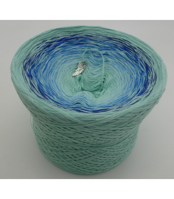 Kühle Quelle (la source froide) - pistache en continu - blanc intérieur et extérieur - 4 fils de gradient filamenteux - photo 2