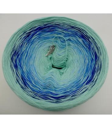 Kühle Quelle (la source froide) - pistache en continu - blanc intérieur et extérieur - 4 fils de gradient filamenteux - photo 3