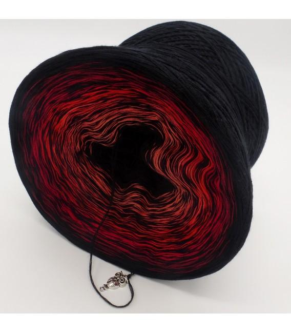 Abendrot (послесвечение) - черный непрерывно - 4 нитевидные градиента пряжи - Фото 4