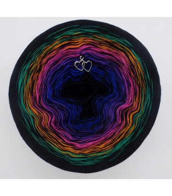 Colors in Love (Цвета в любви) - черный непрерывно - 4 нитевидные градиента пряжи - Фото 2