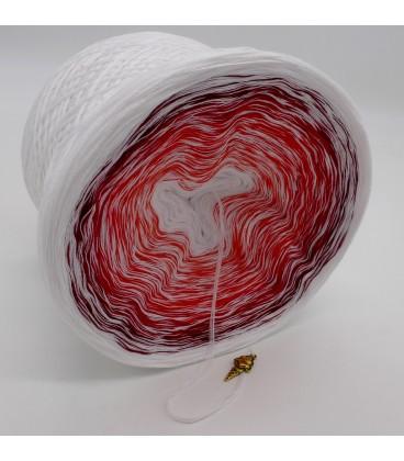 Erdbeereis mit Sahne - Weiss durchlaufend - Farbverlaufsgarn 4-fädig - Bild 3