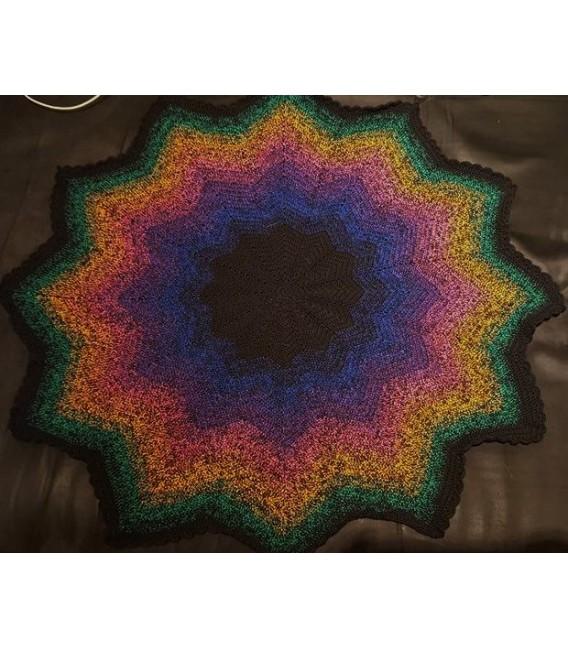 Colors in Love (Цвета в любви) - черный непрерывно - 4 нитевидные градиента пряжи - Фото 7