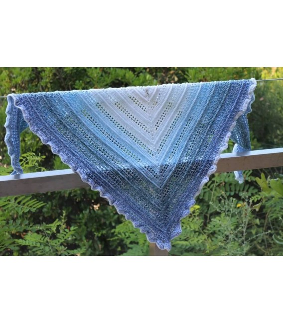 Blue Ocean - Weiss durchlaufend - Farbverlaufsgarn 4-fädig - Bild 5