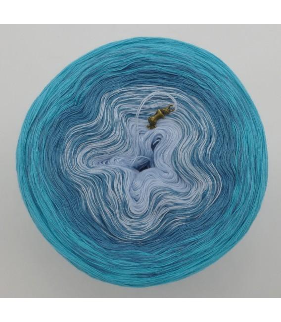 Blaue Lagune (Голубая лагуна) - 3 нитевидные градиента пряжи - Фото 3