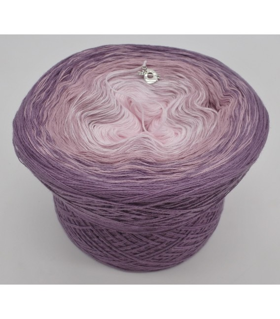 gradient yarn 3ply Angel Dust 3F - violet outside