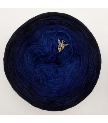 Blue Darkness - 3 ply gradient yarn image 3