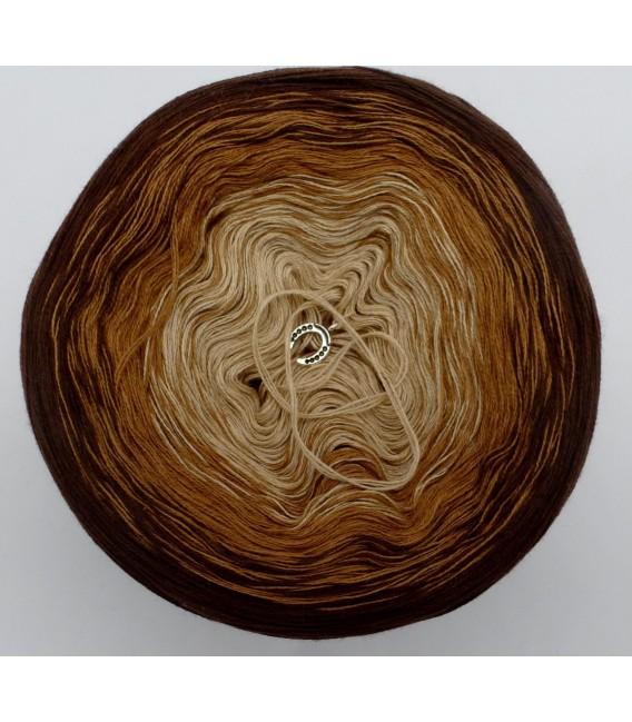 Haselnußstrauch - 3 ply gradient yarn image 3
