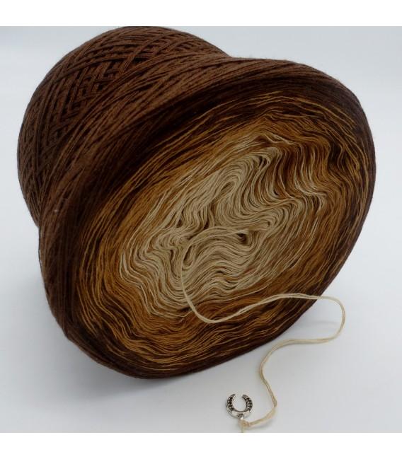 Haselnußstrauch - 3 ply gradient yarn image 4