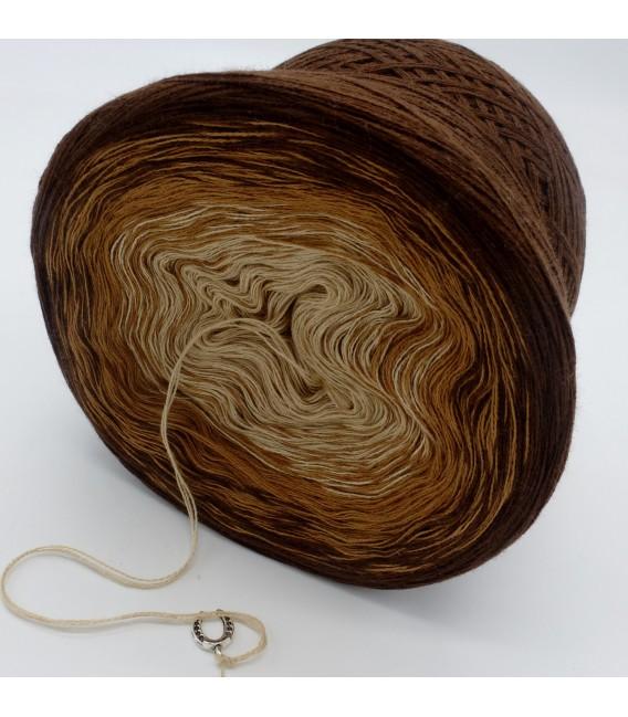 Haselnußstrauch - 3 ply gradient yarn image 5