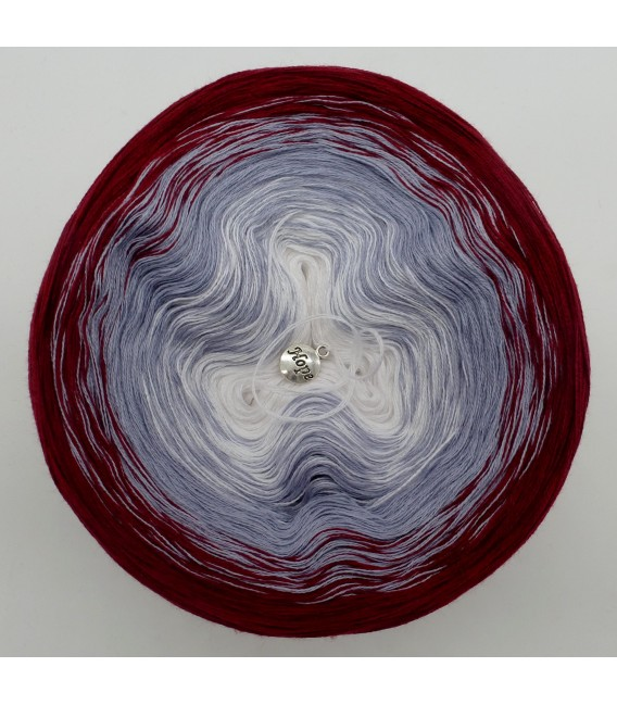 Luft und Liebe - 3 ply gradient yarn image 3