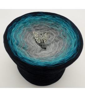 gradient yarn 4ply Glücksmoment - black outside
