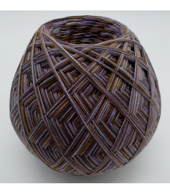 шнурок пряжа Леди Ди - Волшебное Яйцо Bella Donna - Фото