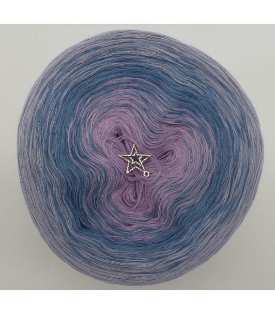 Sternenstaub (звездная пыль) - 3 нитевидные градиента пряжи - Фото 3