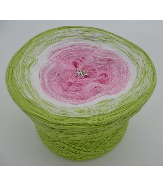 Zarte Blüten - Farbverlaufsgarn 3-fädig - Bild 2