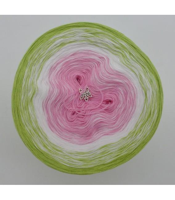 Zarte Blüten - Farbverlaufsgarn 3-fädig - Bild 3
