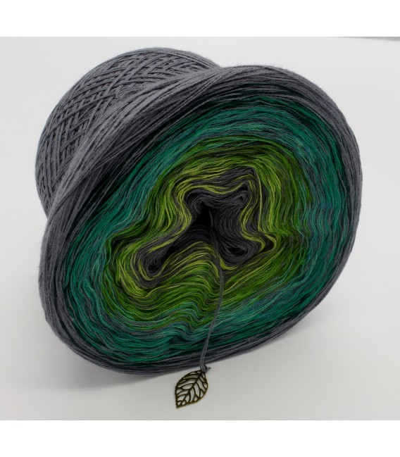 Green - green gras of home 3F - medium gray continuously - 3 ply gradient yarn image 4