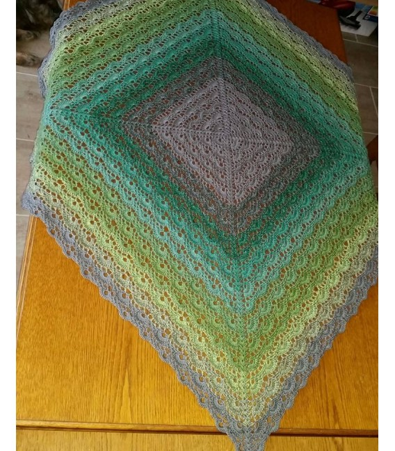 Green - green gras of home 3F - medium gray continuously - 3 ply gradient yarn image 6