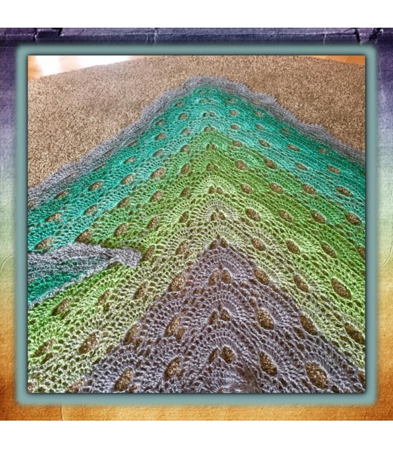 Green - green gras of home 3F - medium gray continuously - 3 ply gradient yarn image 8